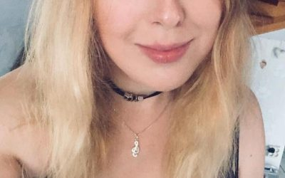 Krönika av Nicole Blomgren: Nej, du ger inte mig en komplimang när du kommenterar mina bröst