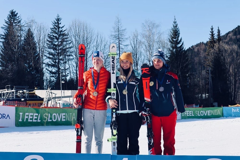 Dubbel segerglädje för Ebba Årsjö i VC-debuten