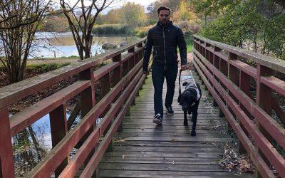Paraidrottaren Fatmir Seremeti släpper bok – hoppas sprida hopp och kunskap